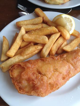 The Brook Inn: Gorgeous GF Fish and Chips Mmm excellent choice ��
