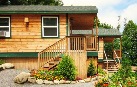 Lakeview Inn: New Cabins