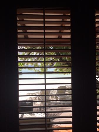 Kuramathi: vue depuis la chambre beach villa deluxe