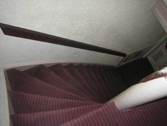 Hotel Asterisk: Stairs