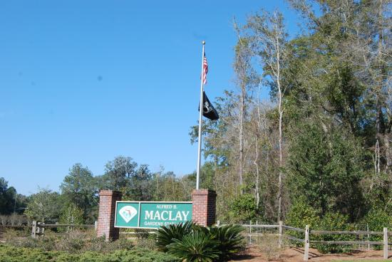 Alfred B. Maclay Gardens State Park : Entrance
