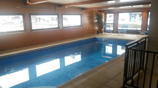 Chris-Tal Hotel: Hotel pool