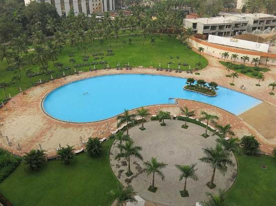 The Swimming Pool Seen From The 6th Floor Picture Of Movenpick Ambassador Hotel Accra Accra