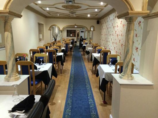 Royal Bengal Tandoori: Restaurant floor