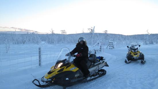 Mattarahkka - Northern Light Lodge: Snowmobile trip