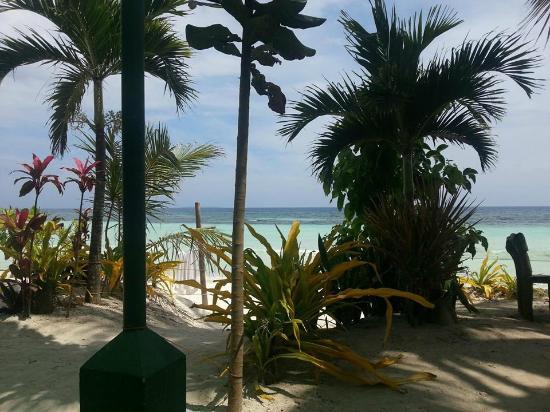 Dumaluan Beach