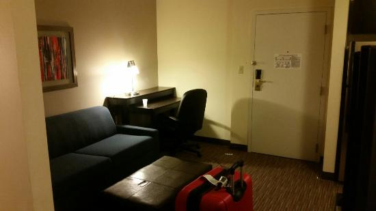 Holiday Inn Express & Suites : Suites