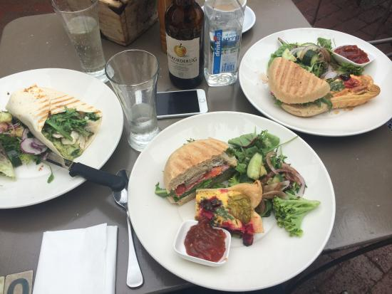 The Sisters Kitchen Garden Cafe: Staff more than happy to cut our delicious burger and tart in half so we could share �� + a wond