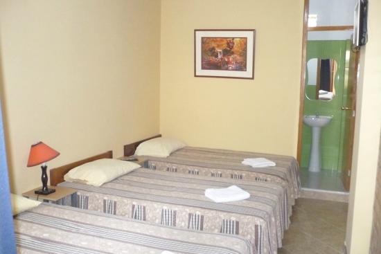 Hostel Nasca Trails: Habitación Triple