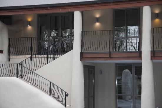 BonMarie: Separate guest access