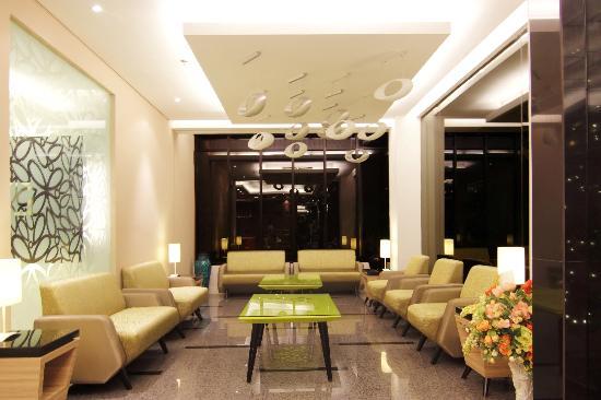 Royal City Hotel: Lobby