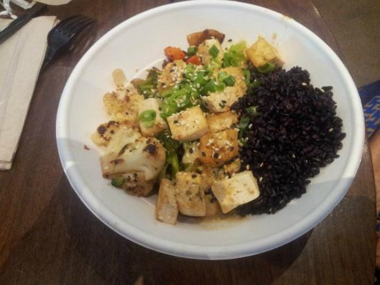 Original ChopShop: the vegetable bowl with black rice