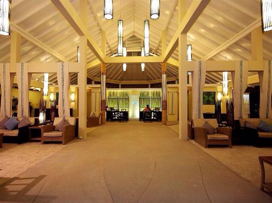 Ellaidhoo Maldives by Cinnamon: Entrance hall