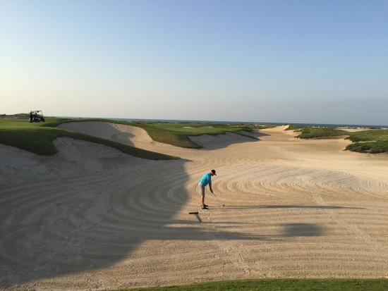 Saadiyat Beach Golf Club: Proper bunker