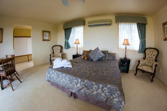 Highwood Park B&B Guest Lodge
