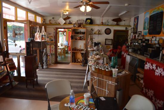 Keoki's Roadside Cafe: View of the interior
