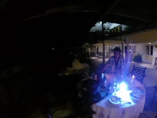 Riebeek Valley Hotel : Table set for barbeque