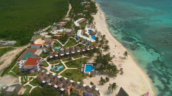 Pavoreal Beach Resort Tulum Vista Aerea