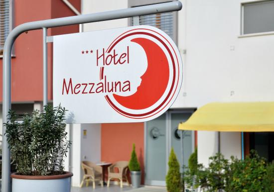 Photo of Hotel Mezzaluna Treviso