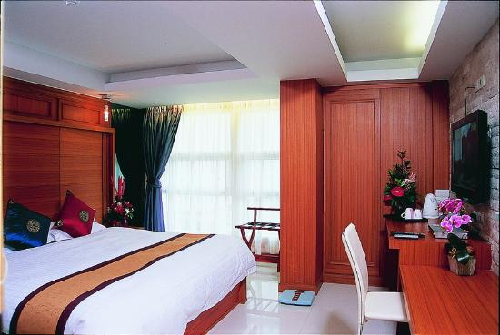 Smart Suites: Room