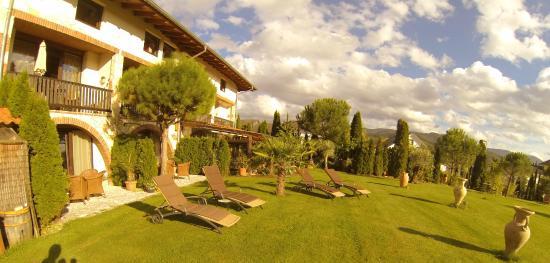Hotel Romantiklandhaus Hazienda: Relaxen in der Sonne im Garten