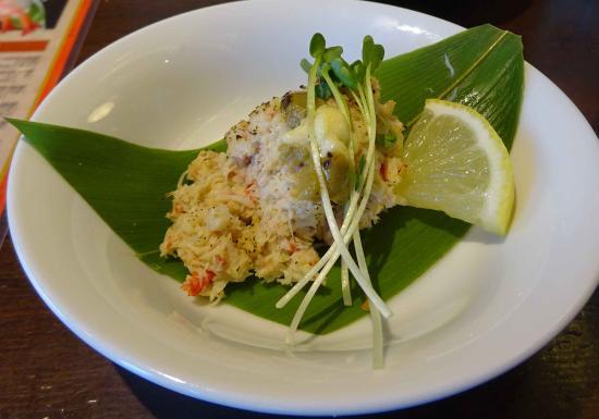 Gourmet Sushi-Go-Round Kantaro, Goryokaku Park: 正式名称は忘れましたが、カニ身と蟹味噌です
