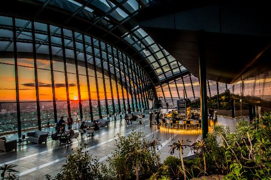 ลอนดอน, UK: Sunset at Sky Garden