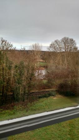 Chateau la Mothe Charente : view of the river from the Gingka Biloba room