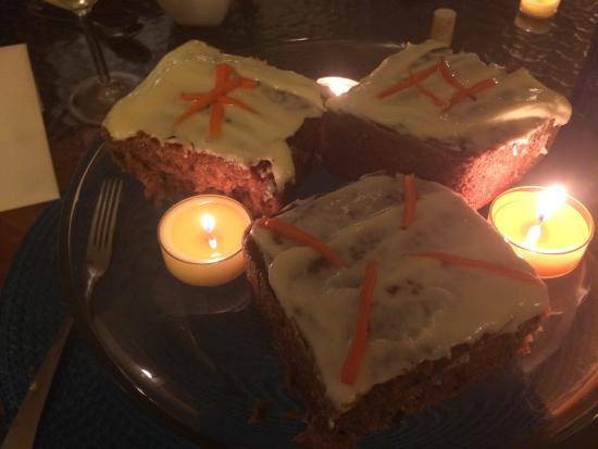 Sand Dollar Cafe: Carrot cake for my birthday