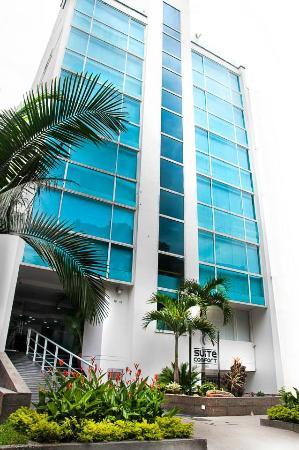 Hotel Suite Comfort : FACHADA