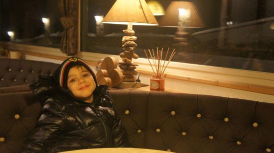 Garni Hotel Wildbach: Bebendo chá