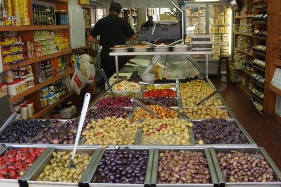 Zaatar - Israel Walking Tours : Levinsky food market in Tel Aviv