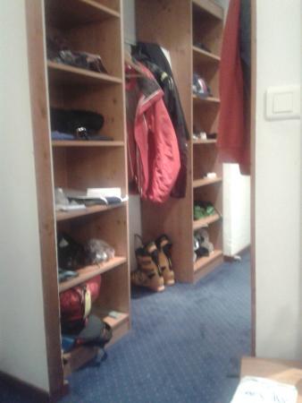 Langley Hotel Tignes 2100 : Great room storage