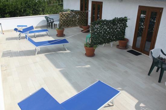 terrazzo attrezzato - Foto di B&B La Vigna di Circe, San Felice ...