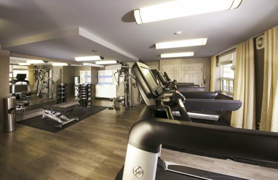 StationPark All Suite Hotel: Newly expanded fitness room with state of the art equipment