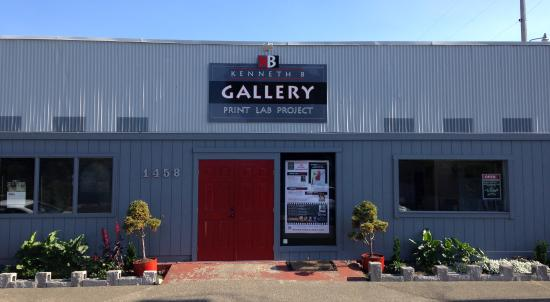 ‪Kenneth B Gallery‬