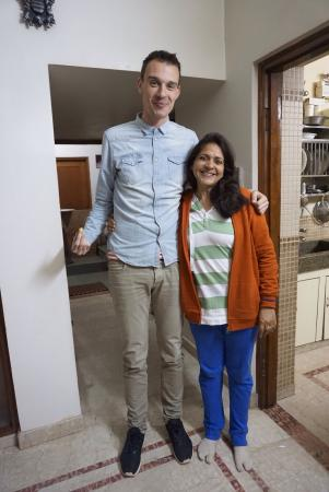 All Seasons Homestay Jaipur : Lovely lady of the house and tallest guest ever, who will beat him? ;-)