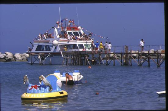 Motonave pontile san mauro mare photo de san mauro a - Bagno delio san mauro a mare ...