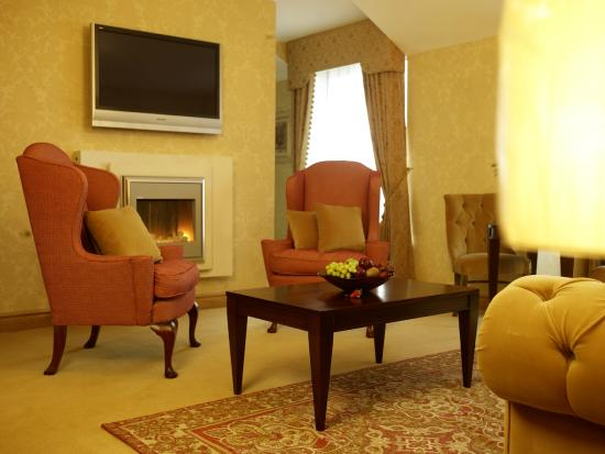 Kettles Country House Hotel: Bridal Suite Lounge