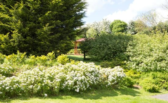 Kettles Country House Hotel: Private Gardens