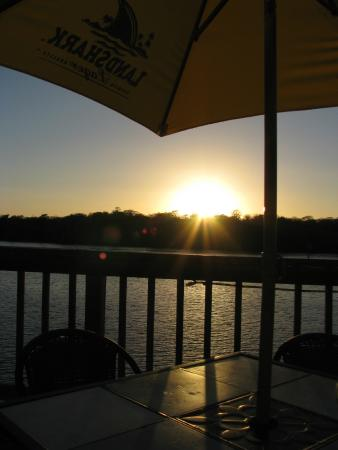 Andersen's Lodge: Water's Edge Pub and Grill at Sunset