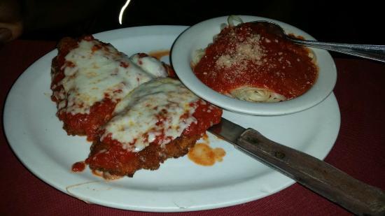Petrillo's Italian Restaurant and Pizzeria: Chicken Parmesan