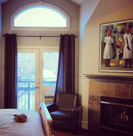 The Bradley Boulder Inn: Hotel room ten (#10).