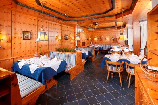 Kneipp- und WellVitalhotel Edelweiss: blaues Restaurant