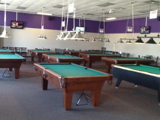 Crazy 8 Billiards U0026 Lounge: Pool Table Area
