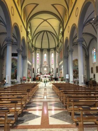 Мартиньякко, Италия: Interno.