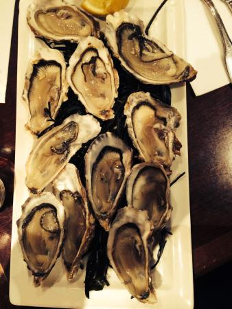 Le Madeleine 7 : Oysters!!!