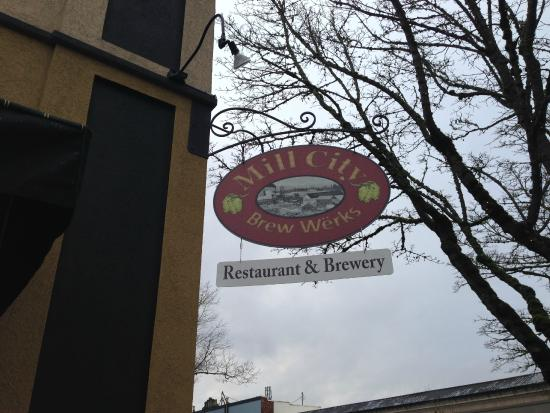 Mill City Brew Werks: Exterior Sign