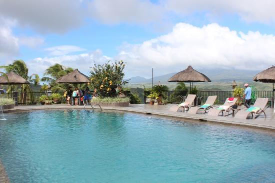 La Vista Highlands Mountain Resort Paradise: Litt av det lekre basengområde