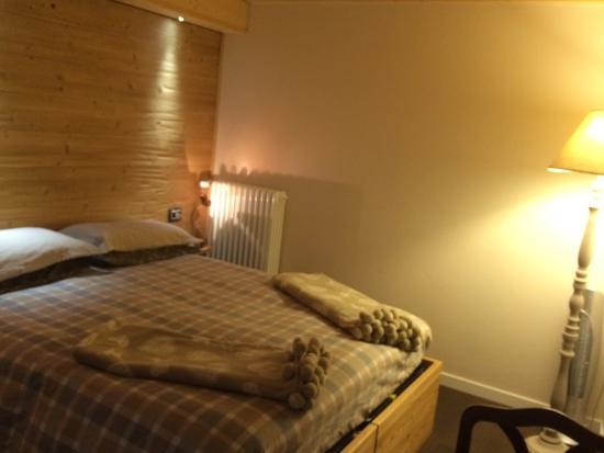B&B La Nonna Costatina: First floor bedroom: ADORABLE